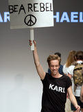 KARL MICHAEL KARLMICHAEL FASHION DESIGNER MODEDESIGNER PENIS NAKED FASHION WEEK