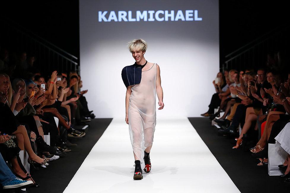 KARL MICHAEL KARLMICHAEL FASHION DESIGNER MODE DESIGNER FASHION WEEK Naked