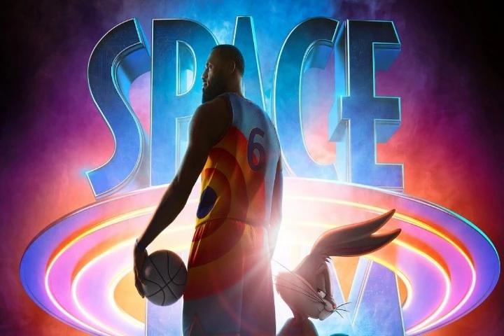 Space Jam Poster Pernalonga e LeBron James