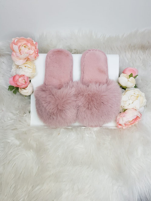 Extra Fluffy Slippers