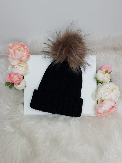 Mini Blossoms - Chunky Knit Hat with Faux Fur Pom