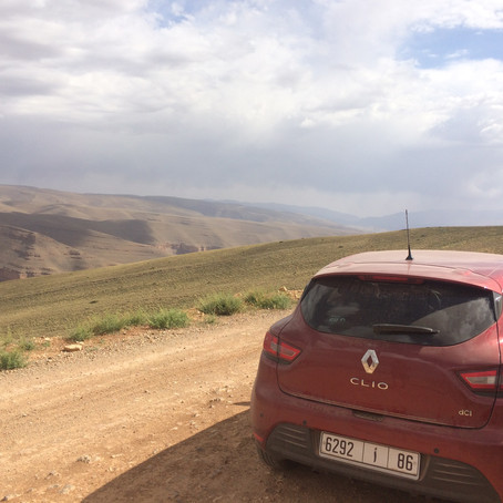 Gorge to Gorge - is it possible to drive the R704 in a hire car?! by Natalie Budgen