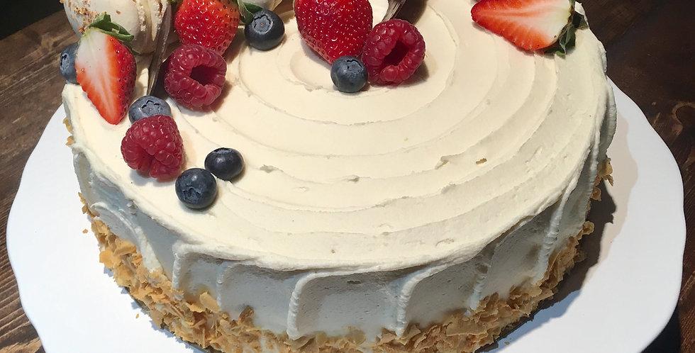 Gâteau sucre à la crème et petits fruits