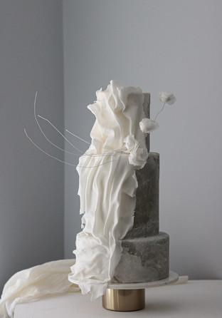 rough stone effect cake .jpg