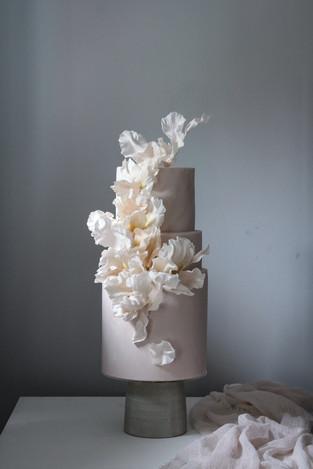 Modern two tier wedding cake