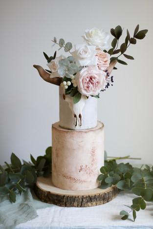 boho style wedding cake