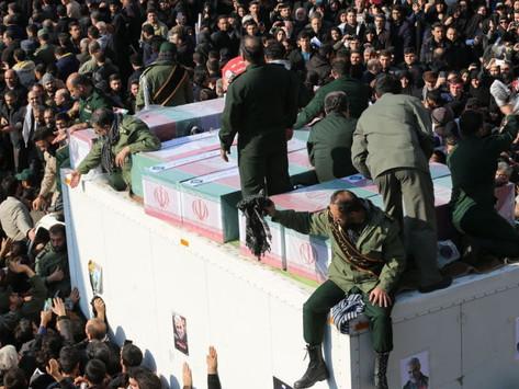 علی افشاری - واقعیت آمار انسانی تشییع جنازه قاسم سلیمانی در تهران
