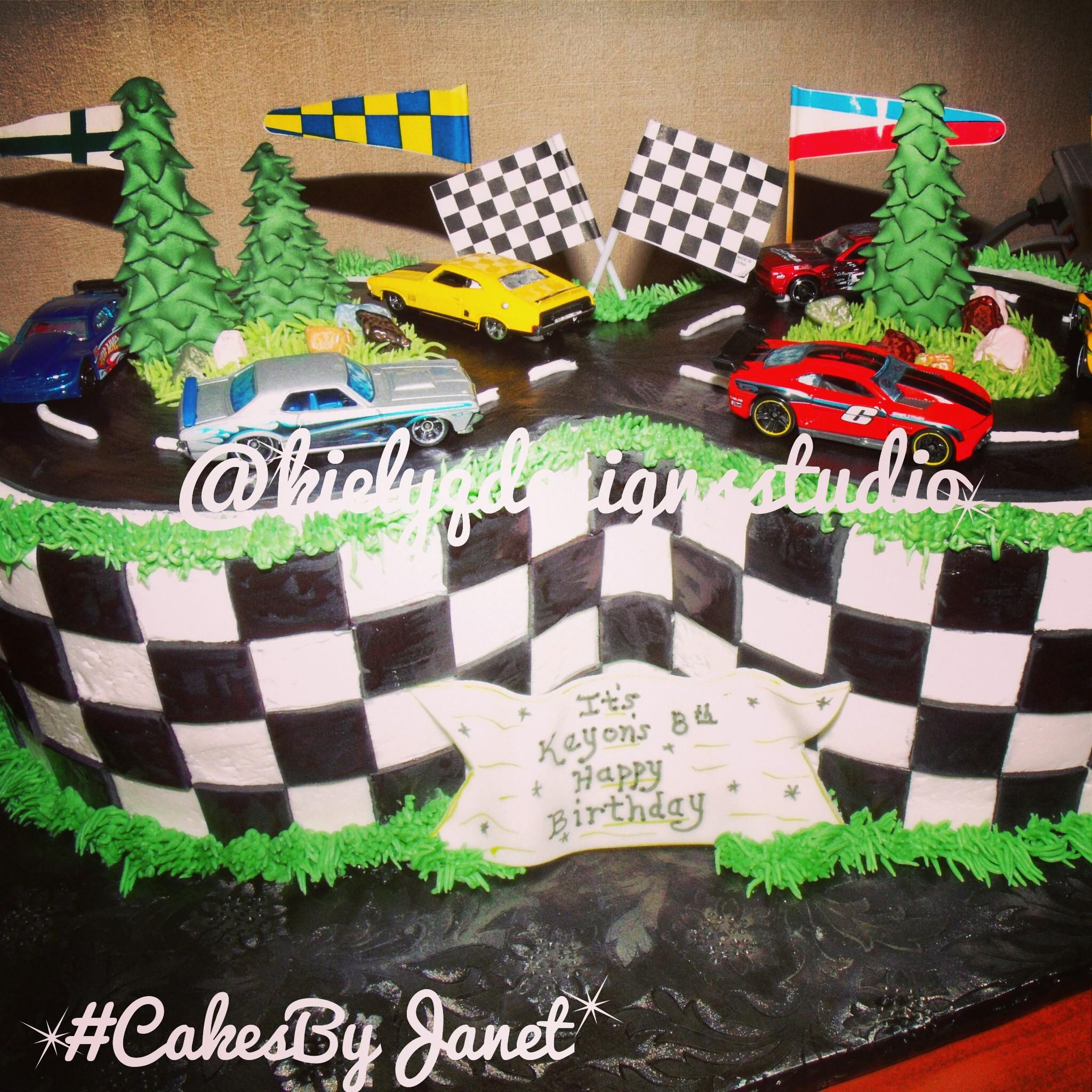 #8 Race Car Track