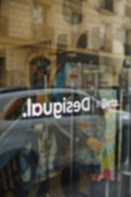Desigual pop-up store Paris