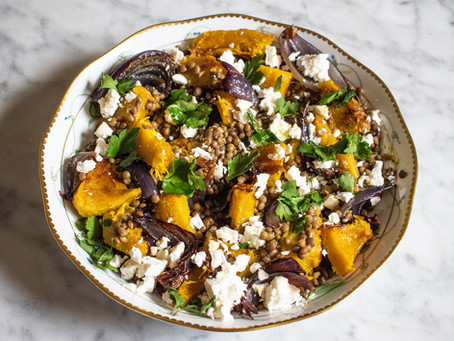 Lentils with feta, roast pumpkin and red onions