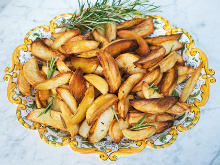 Roast potatoes with garlic, rosemary & olive oil