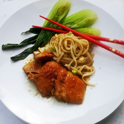 Chicken with soya sauce, honey, garlic & ginger