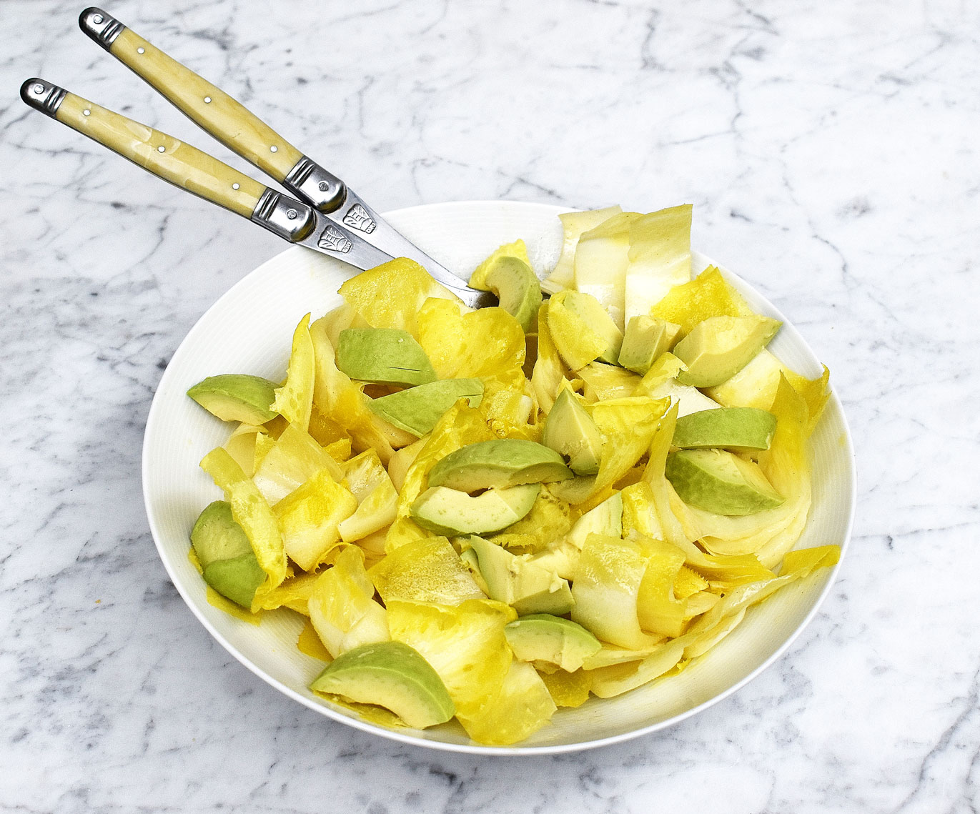 Endive (chicory) & avocado salad wit