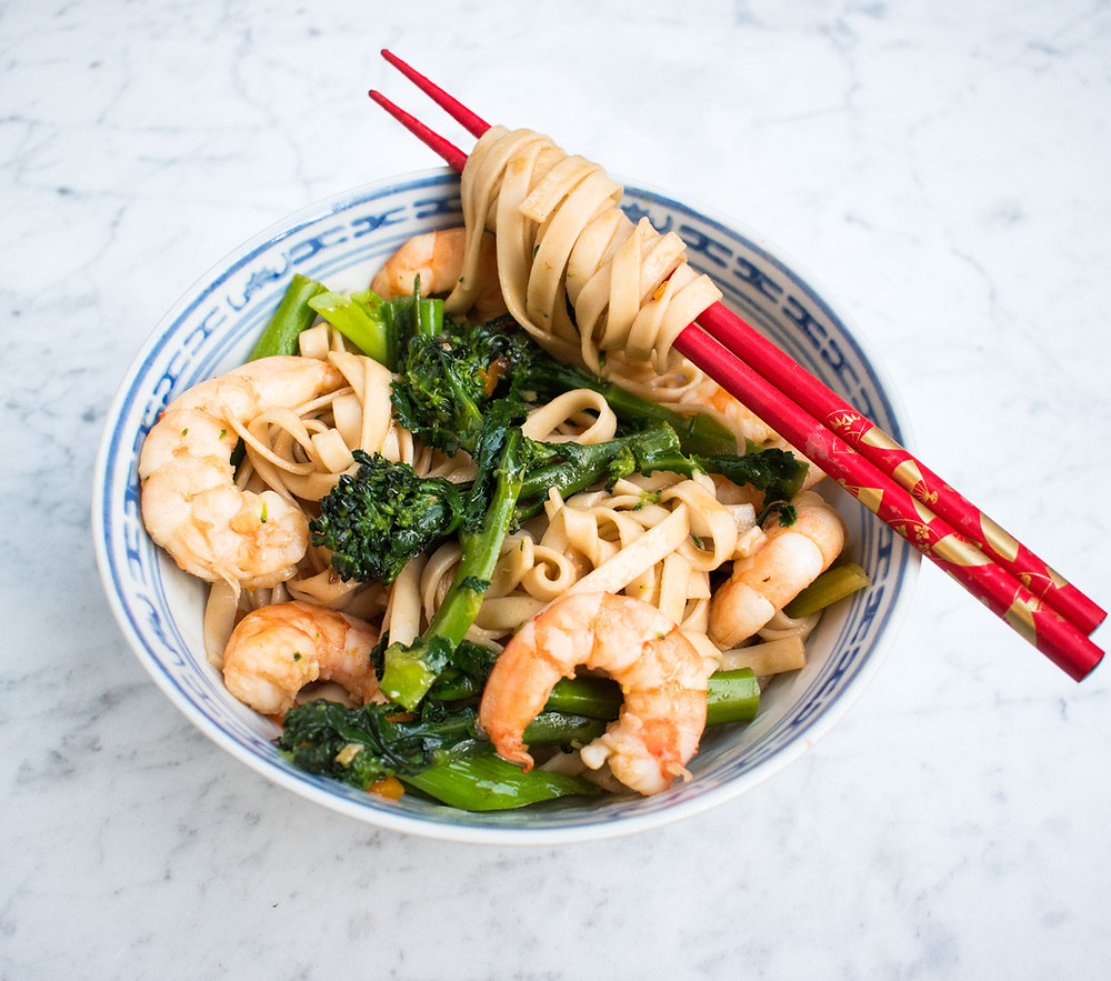 Prawn and broccoli noodles