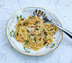 Pasta with fresh sage, garlic and butter
