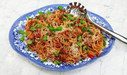 Pork ragu with spaghetti