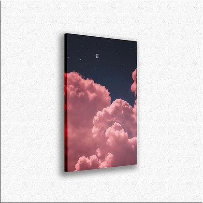 Mesec u oblacima