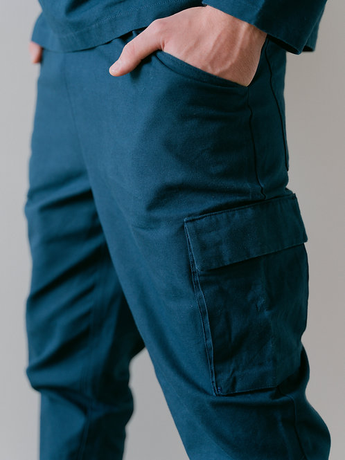 Le pantalon multi-poches