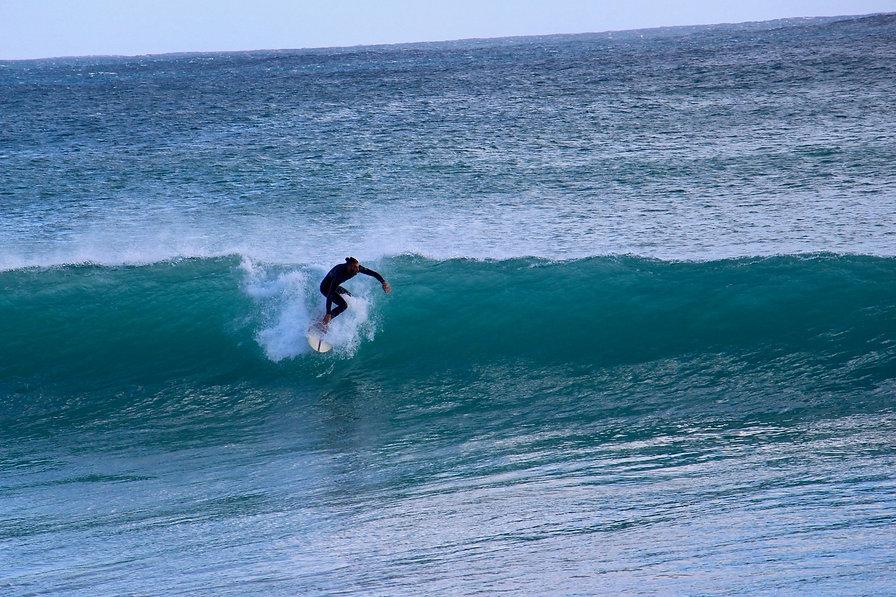 kanalu-surfhouse-025-surfer.jpg