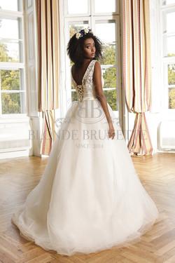 šaty Virgin, výpredaj 99€