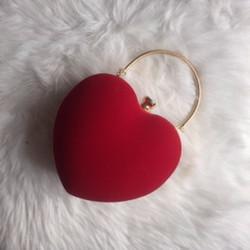 kabelka v tvare srdca