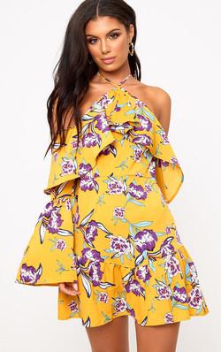 horčicové šaty s rukávmi výpredaj 65€
