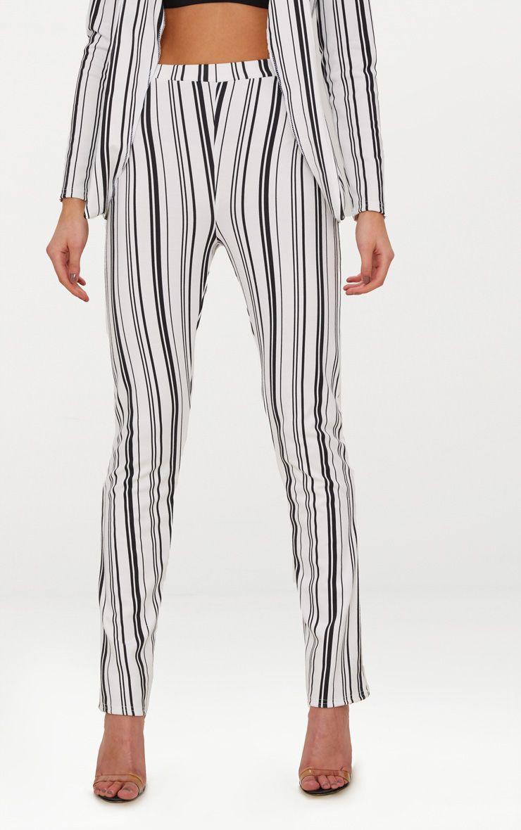 pásikavé nohavice výpredaj 18€