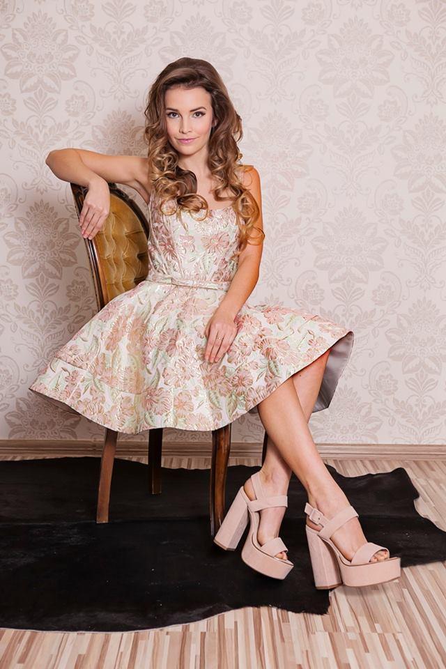 šaty na stužkovú Amelia