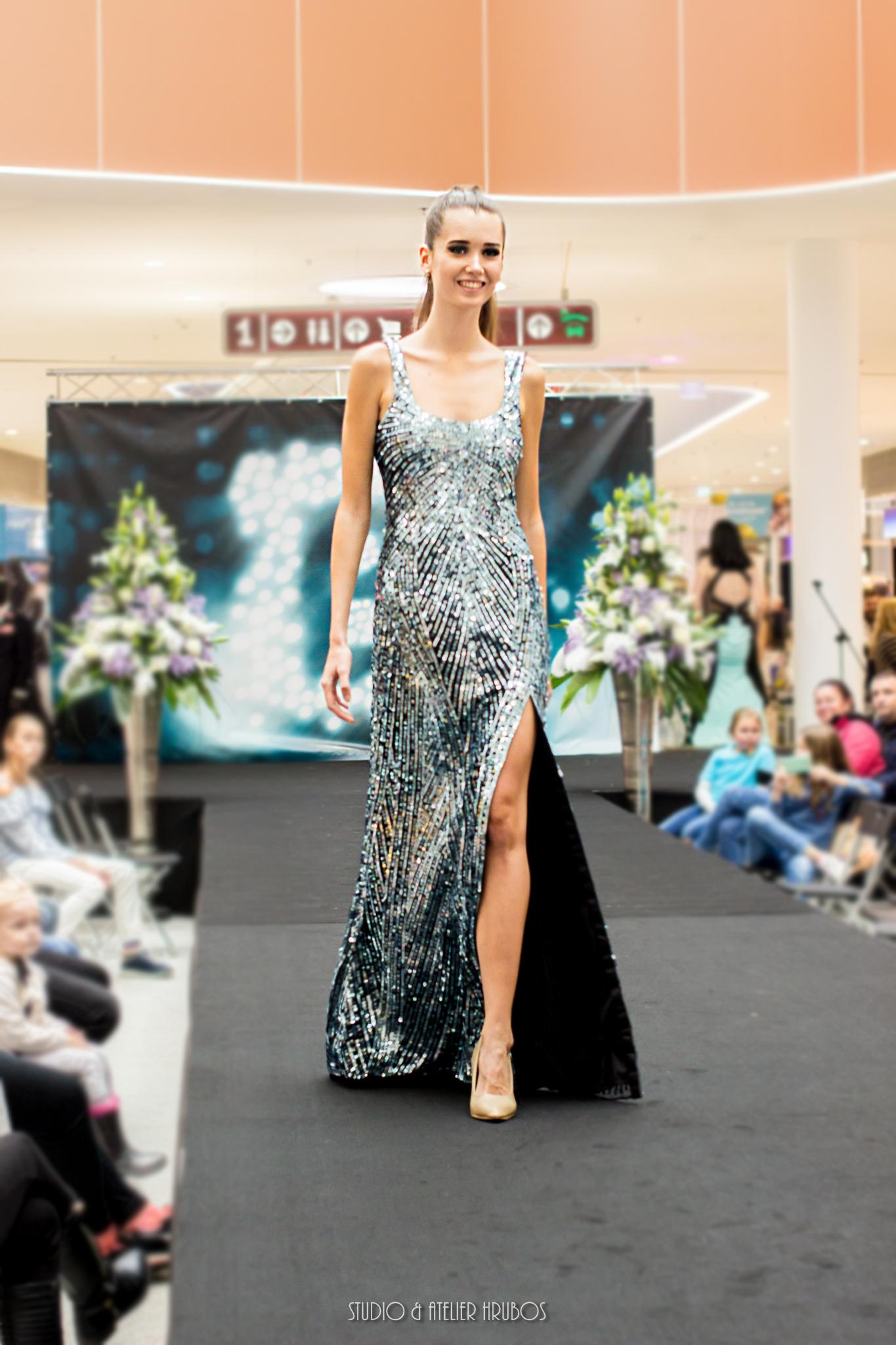 šaty Mermaid