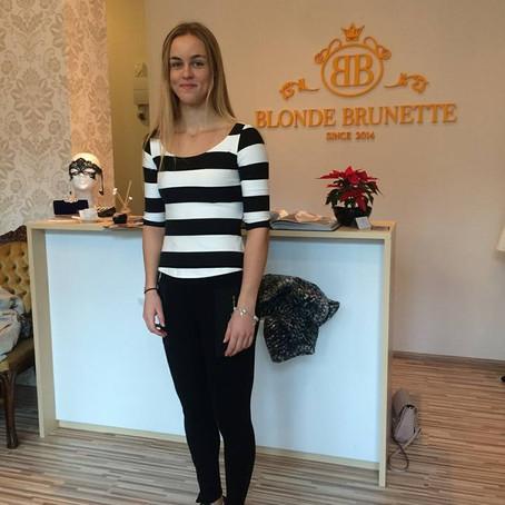 Obliekali sme športovkyňu roka 2015   -tenistku Annu Karolínu Schmiedlovú