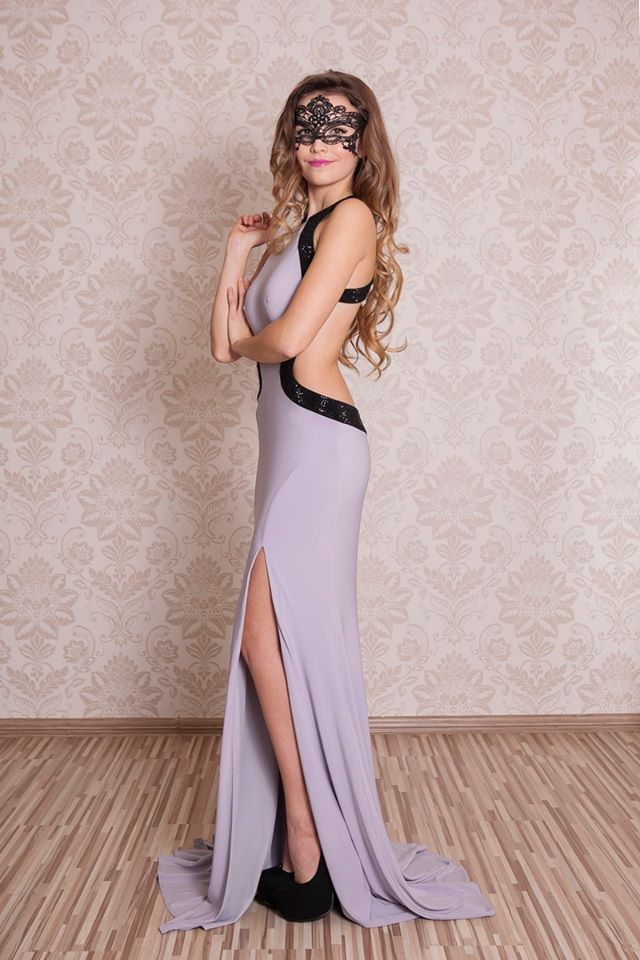 šaty Platinum na stužkovú