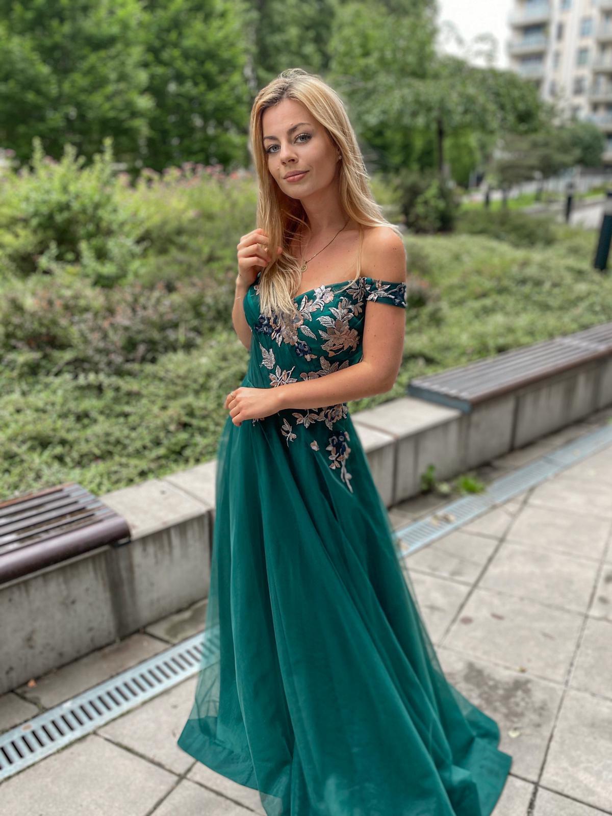 šaty Smaragd výpredaj 225€