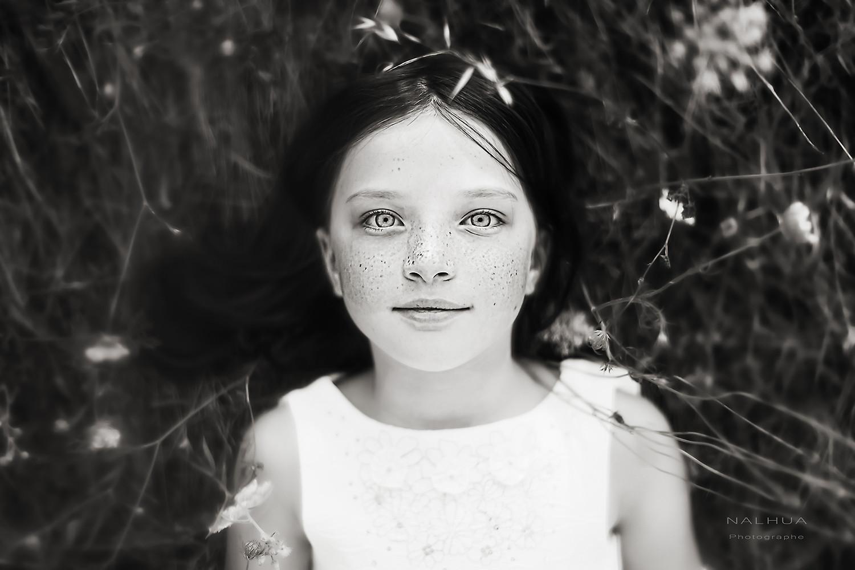Petite fille au regard