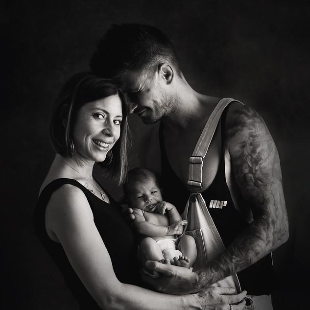 Couple avec nouveau né