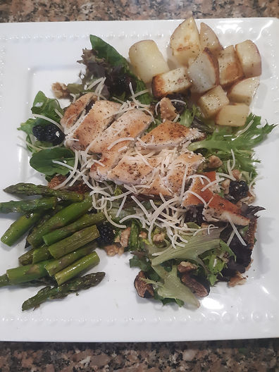 Blackberry Walnut Salad