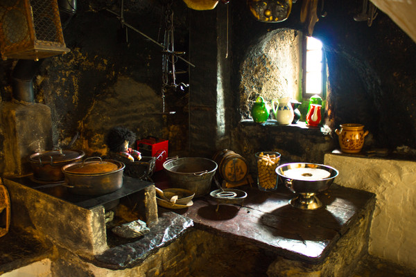 Old-Swiss-Kitchen.jpg