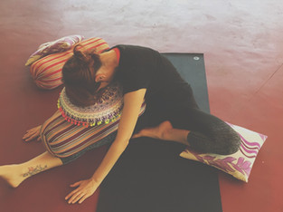 "THE POWER OF...// ""Playing your edge in Your Yin Yoga practice""// by Kelly Mason"