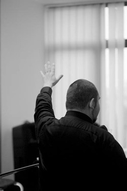 Podižite svete ruke