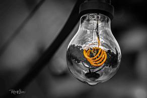 Glühbirne orange gross Gartenbeleuchtun