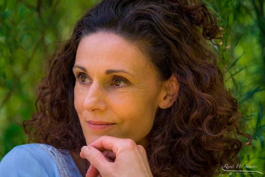 Model: Karin Furter-Folghera