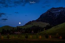 Seebodenalp-Mondaufgang-Oktober-Timeblen