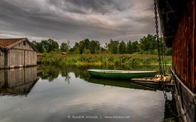 Bayern-Seehausen-Staffelsee-ein-Boot-mit