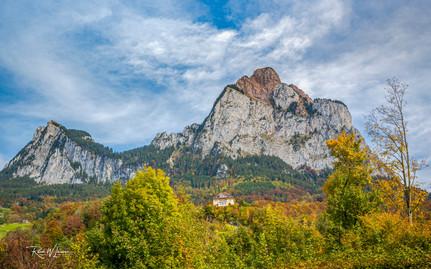 Einsame Villa am Mythen, Herbst