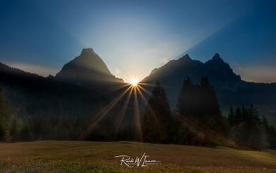 Sonnenuntergang in Zwüschetmythen
