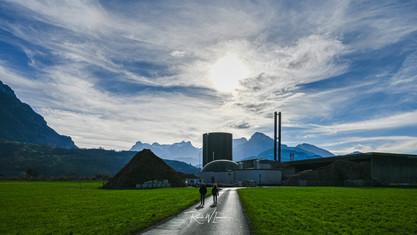 Agro-Energie-Ibach-ferne-Gegenlicht_Z620