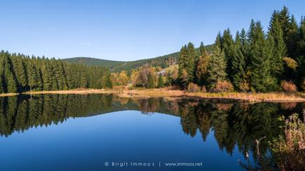 Schlucbhsee-Schwarzwasserweiher--Spiegel