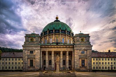 Dom-St.-Blasien-von-vorne---Wolkenstimmu