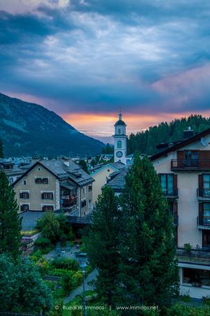 Sils-Maria-Dorf-der-Morgen-kommt_DSC4098