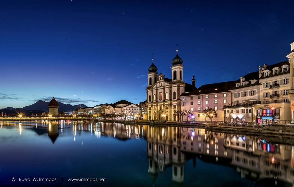 Jesuitenkirche-Reuss-Wasserturm-von-hint