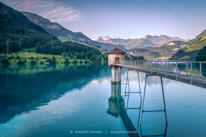 Lungernsee-kaiserstuhl-Wasserschloss_DSC